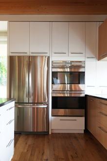 Elliot Kitchen, Fridge Wall