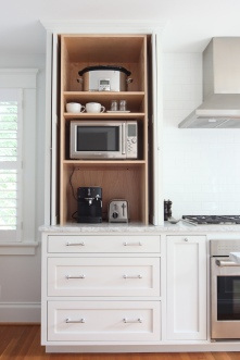 Evergreen Kitchen Pocket Door Detail