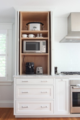 Evergreen Kitchen Pocket Door Detail