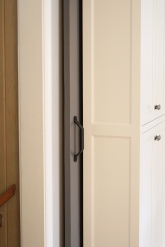 Kingston Kitchen, Barn Door Pocket