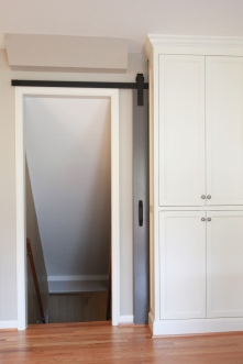 Kingston Kitchen, Barn Door Hidden