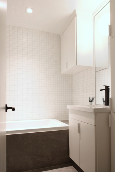 Rosser Bathroom